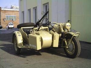 старинные мотоциклы в повседневной эксплуатации