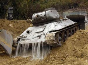 В Австрии достали Су-76М из Дуная (+)