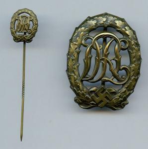 Знак DRL в бронзе с миниатюрой