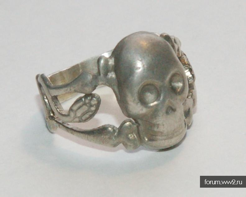 Кольцо Адамова Голова
