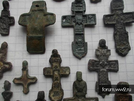 Три  нательных креста