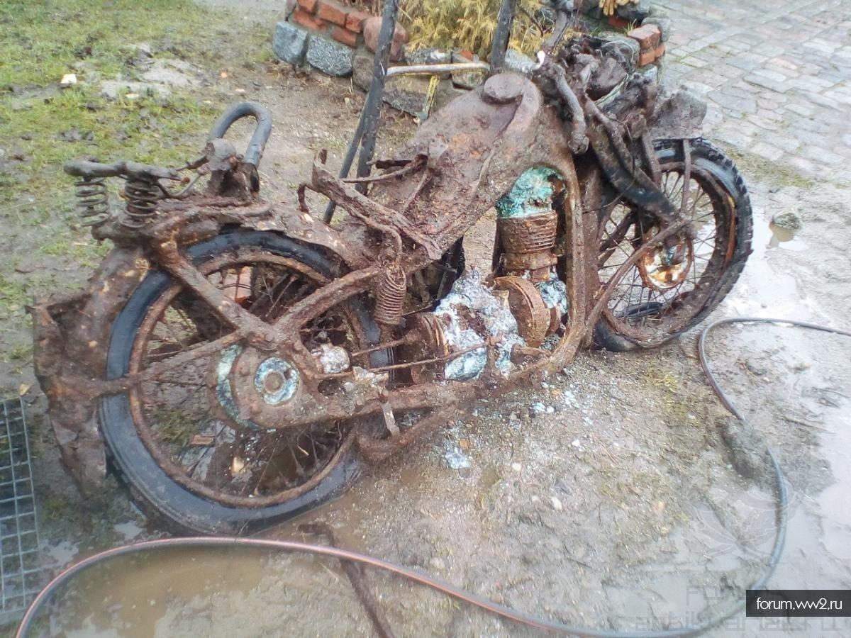 Мотоцикл   BMW-R4