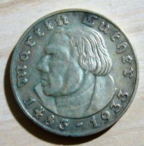 2 марки 1933 г. Мартин Лютер. МД Берлин