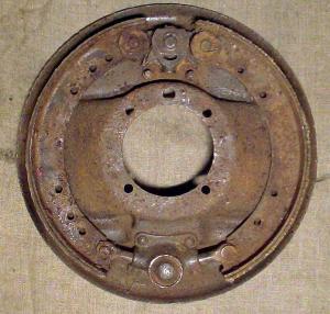 Газ-А, опорный щит с колодками.