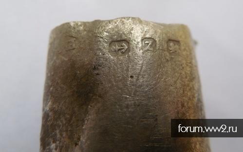 серебряная ручка с клеймами, петли оббитые серебром