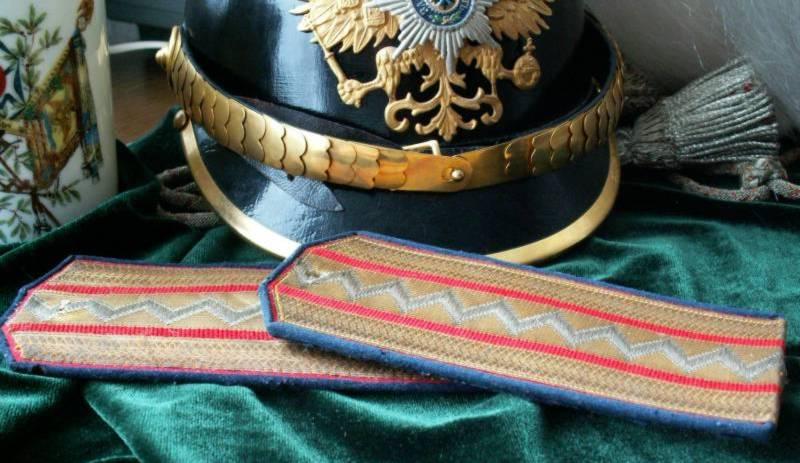 Полковник в отставке Л-Гв. Уланского Ея Величества полка