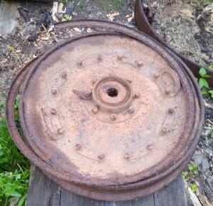 Колесный диск полковушки.