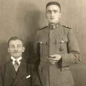 Фото военнослужащего кайзеровской армии со знаком за ранение