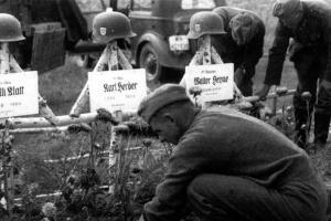 Генерал-майор фон Браун, на лежаке, Харьков