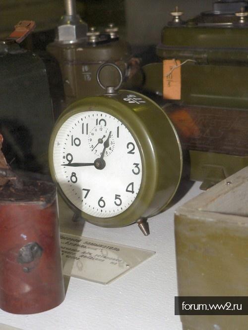 Часовой замыкатель-таймер