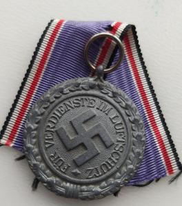 """""""ПВО - Люфтшютц"""". Медаль 2-го класса"""