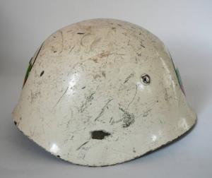 Каска м 51/72 Болгария