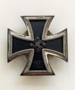 """Железный крест 1 класса 1939 на винте, клеймо """"L/11"""""""