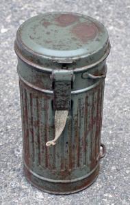 Противогазный бак 1936 г. 25 см.(окрас яблоко)