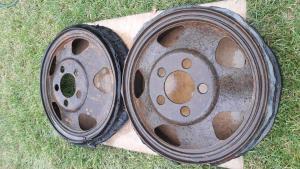 Два диска с резиной ГАЗ-АА и другой техники РККА