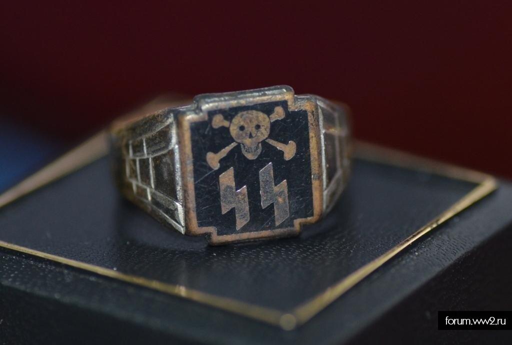 кольцо СС Тотен