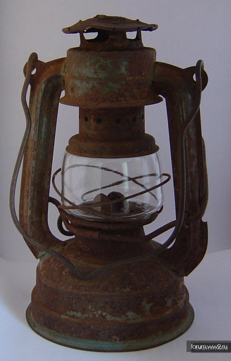 """Блиндажная лампа """"летучая мышь""""( высота 15,5 см)"""