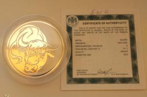 3 рубля 2009 год быка лунный календарь+сертификат. Серебро