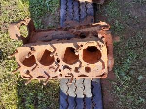 Два блока двигателя. Газ М1