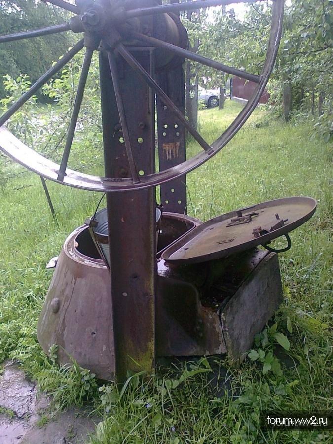 Дед не врал: в центре Гродно действительно нашли закопанный БТР