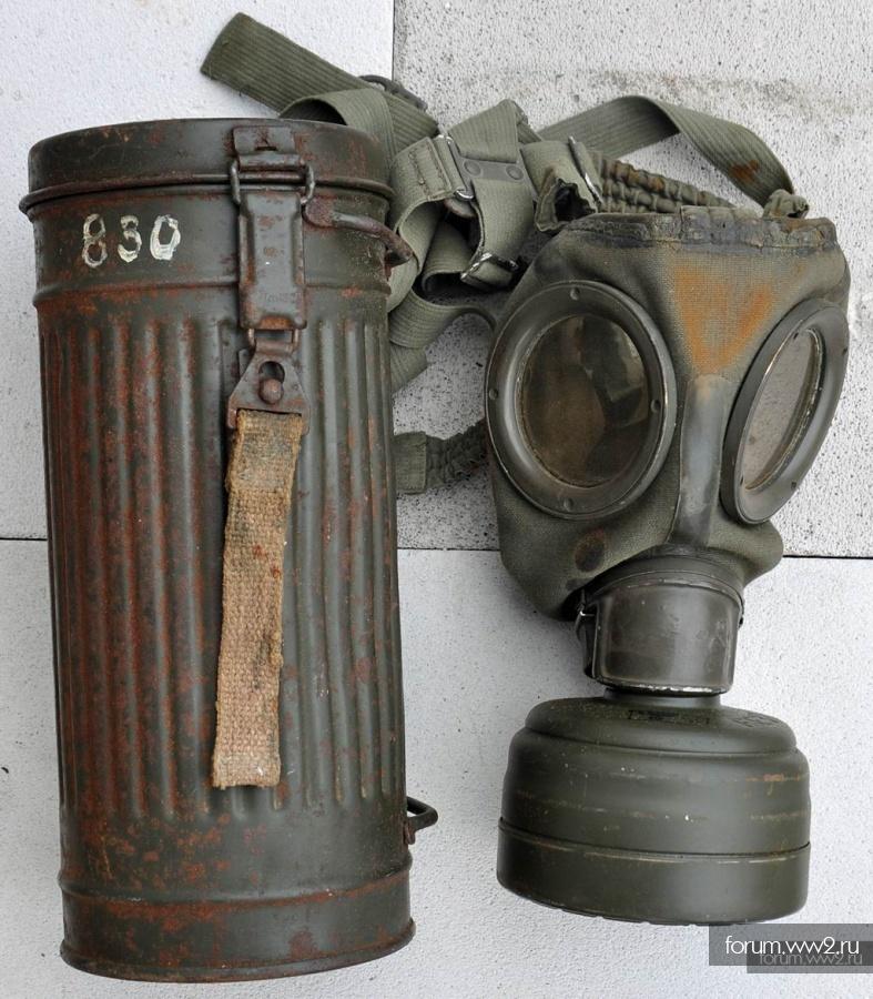 Противогаз М30 с бачком 1943.