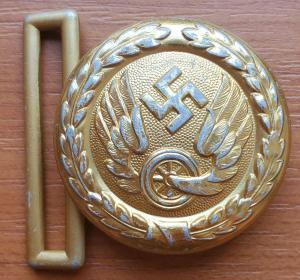 Reichsbahn officer's buckle in gold 2