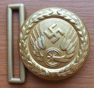 Reichsbahn officer's buckle in gold 1