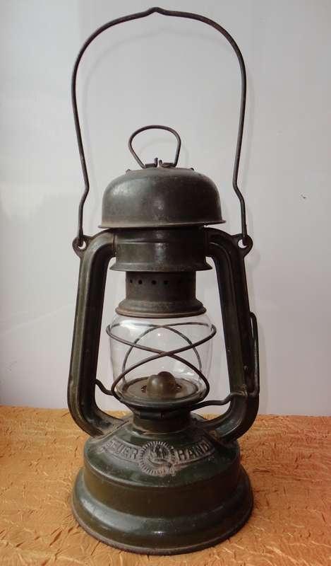 Фонарики Daimon, керосиновые лампы Feuer Hand, Meva