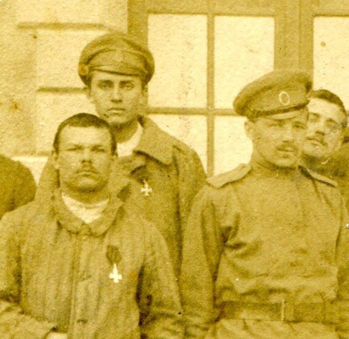 Фото РИА, кавалеры ГК, адриан, с французами в госпитале