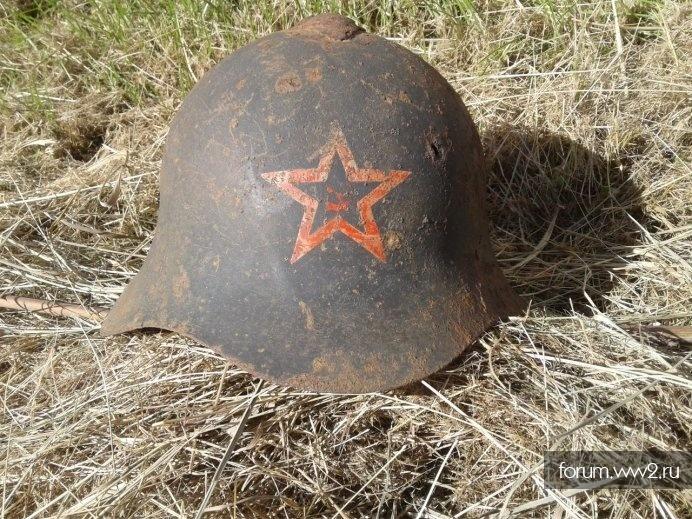 Шлем СШ36 с ранней широкой звездой и СиМ (серп и молот)