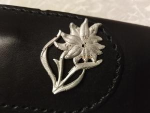Знак Эдельвейс на кепку. Вопросы к знаку.