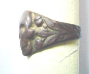 Черепная гайка белогвардейская