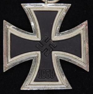15.27.Железный Крест 2 - клеймо 13 , производитель Gustav Brehmer