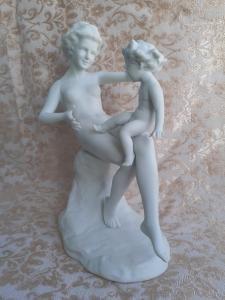 """Статуетка """"Мать и дитя"""" Германия 1933-45.Ателье Теттау."""