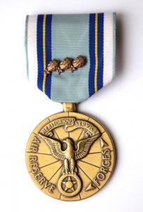 США. Медаль за службу в резерве Военно - Воздушных сил.