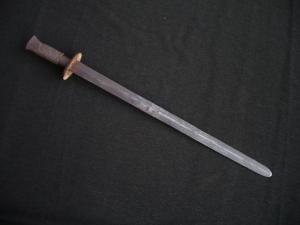 Два коротких меча в одном